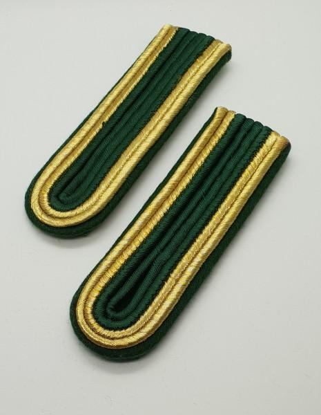 Schulterstücke Uffz 4-streifig - Grün/Gold