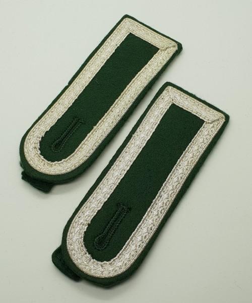 Schulterklappen Stuffz - Grün/Silber