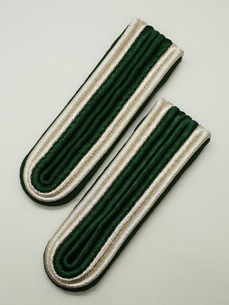 Schulterstücke Uffz 4-streifig - Grün/Silber